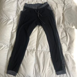 Lululemon size 4 Base Runner Pant